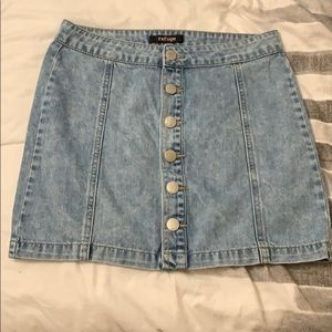 Selling a Skirt.